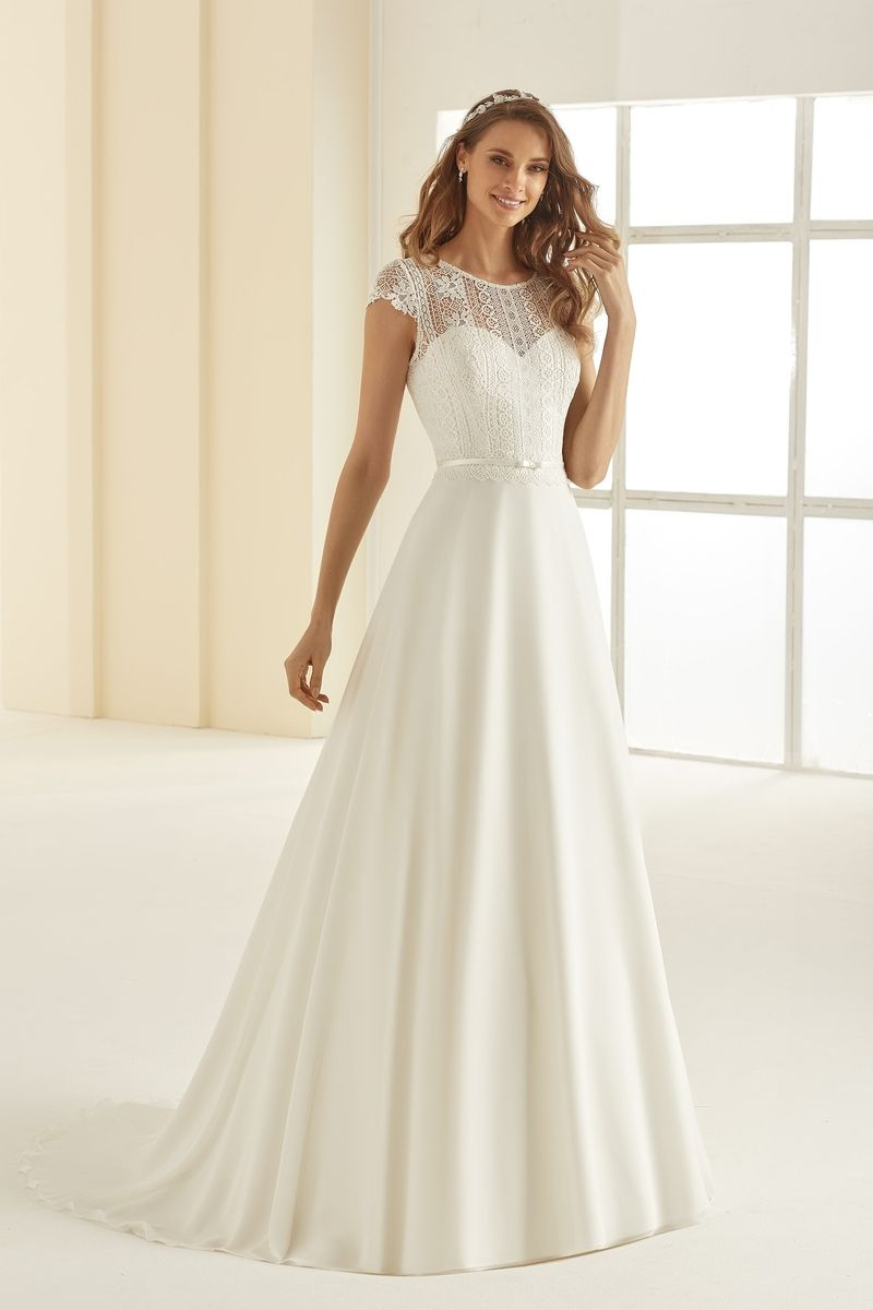 Bianco Evento bridal dress ARIOSA 1
