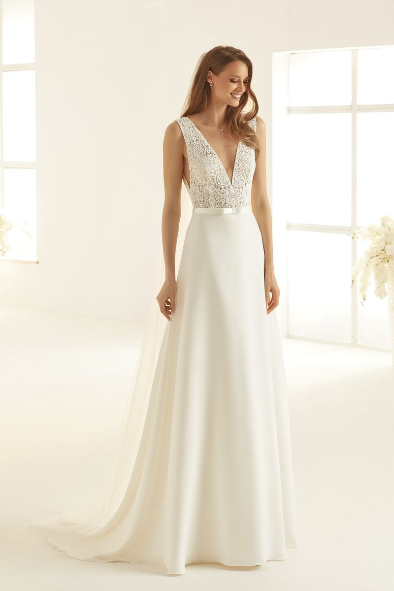 Bianco Evento bridal dress Dallas 1