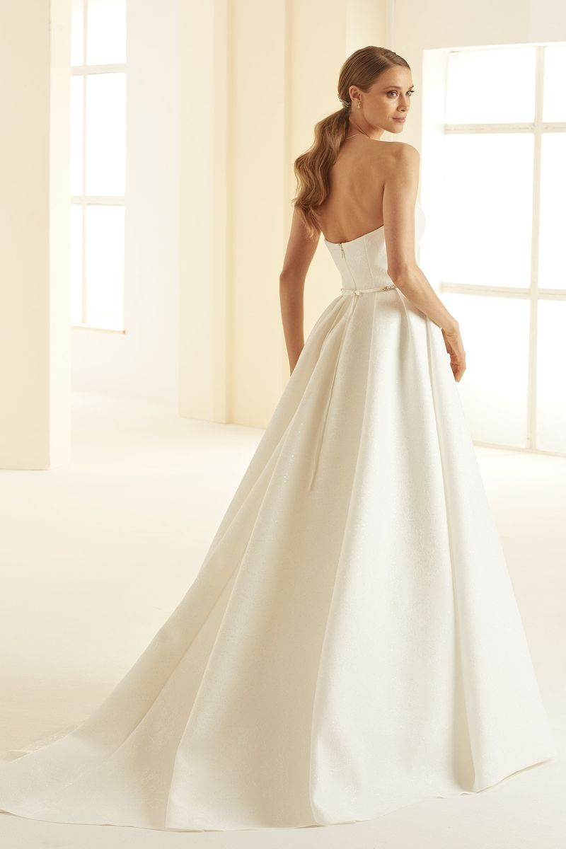Bianco Evento bridal dress Isolde 3