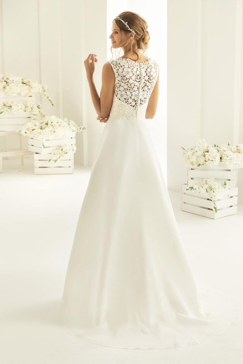Bianco Evento bridal dress Josephine 3