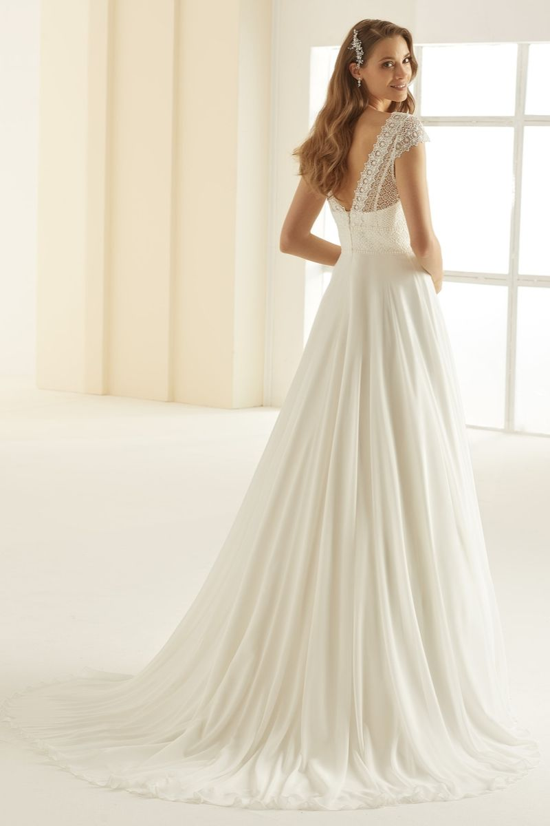 Bianco Evento bridal dress Margaret 3